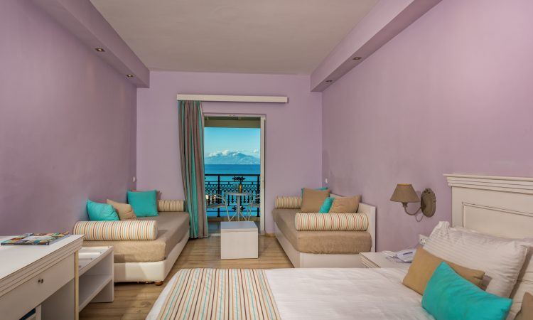 C1 - Bungalows Family Room (Sea View)