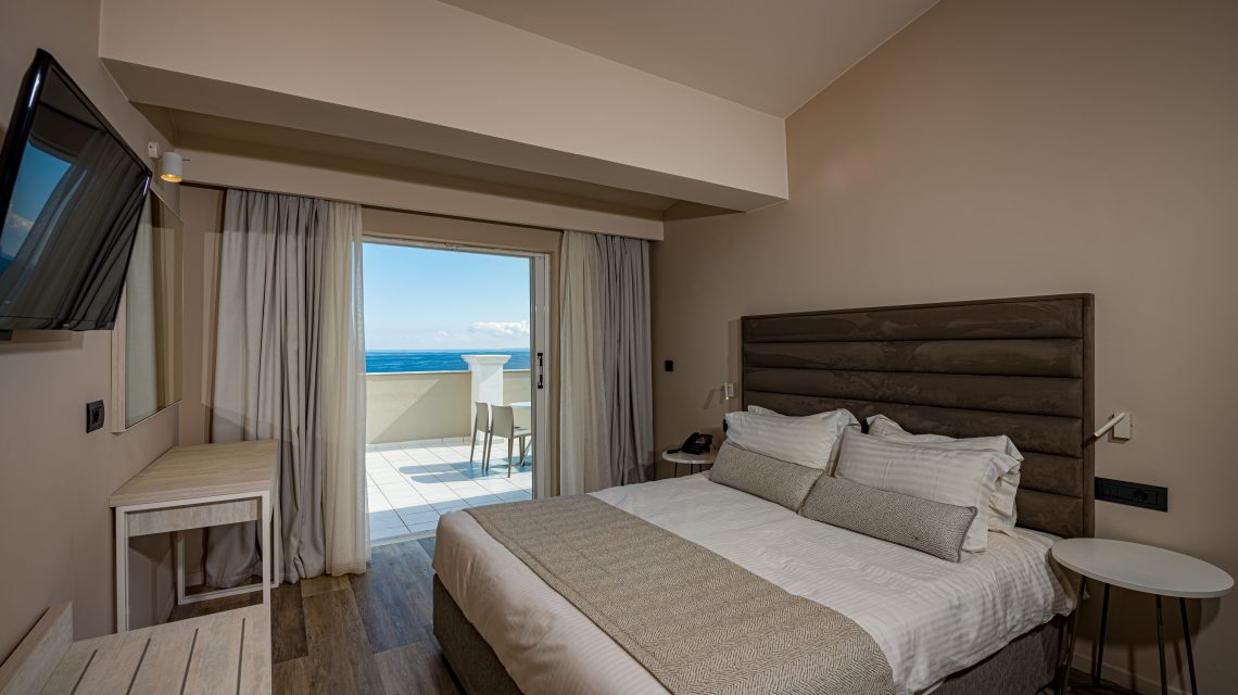 D2 - Superior Suite (Sea View)